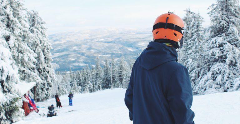El casc, cent per cent recomanable per a la neu